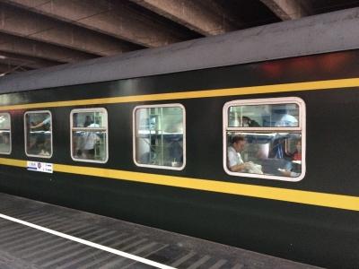 深セン寝台列車