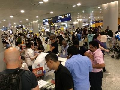 上海 空港 SIMカード